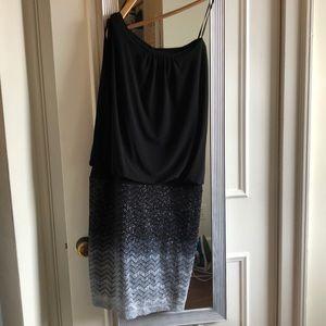 Black Sparkly Part Dress - W's 8